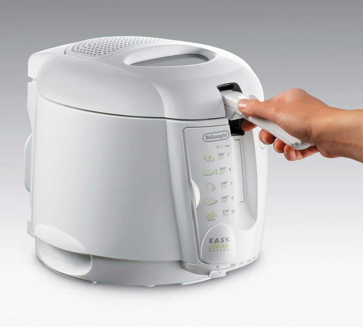 DeLonghi D677UX 2-1/5-Pound-Capacity Deep Fryer Review